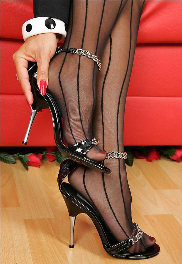 Stockings and heels fetish